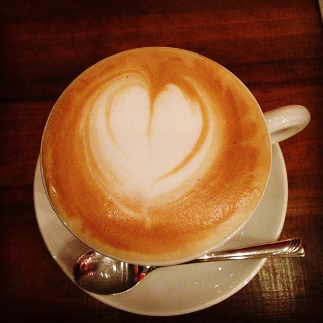 リ・ポーズ プラス。関大前のこだわりカフェ